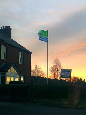 the-cumberland-flag-flying-in-the-dawn-light-on-beacon-edge-penrith-thanks-to-philip-tibbetts