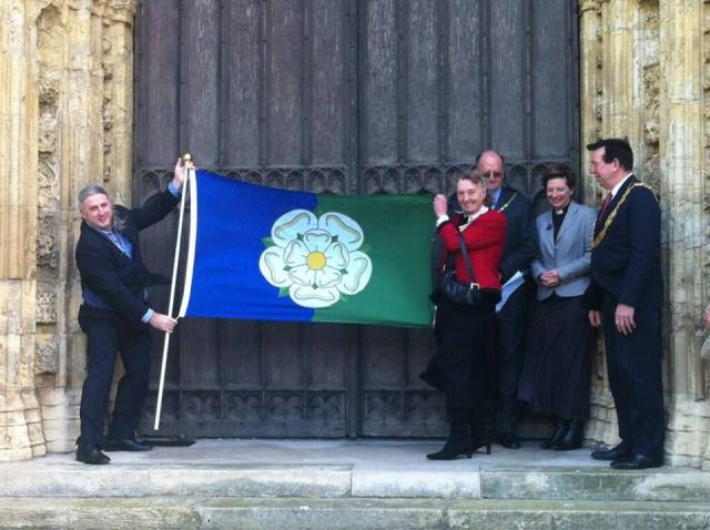 another-shot-of-the-east-riding-flag-being-revealed-for-the-first-time