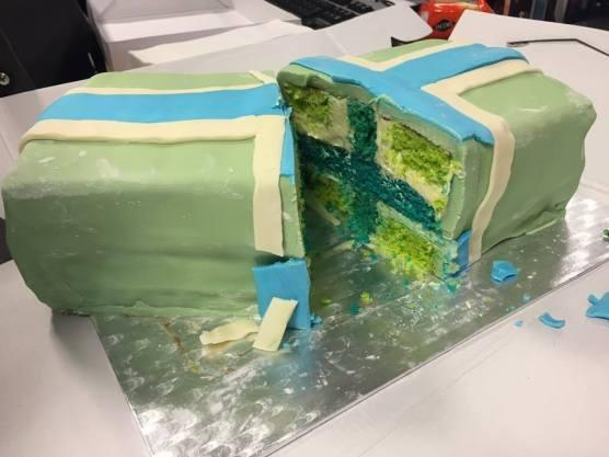 A Gloucestershire flag cake