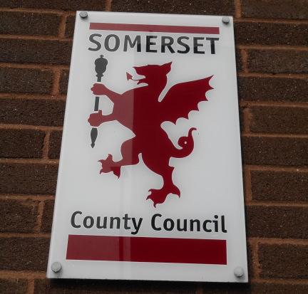 somerset-cc-logo-flag2